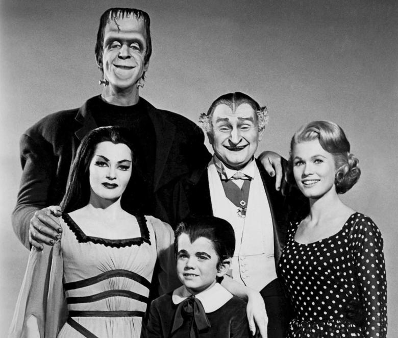XAPP-1299452133-munsters-family