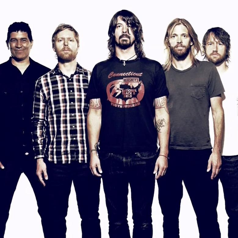 Foo-Fighters-2013