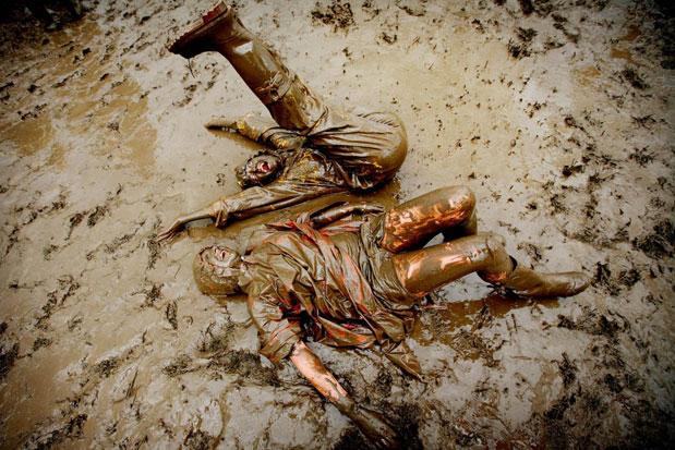 glastonbury-mud
