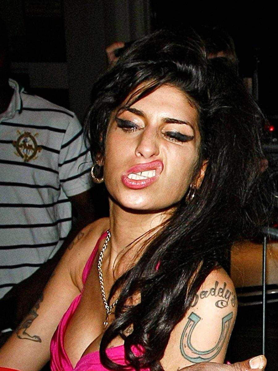 Amy Winehouse ganhará estátua em Londres